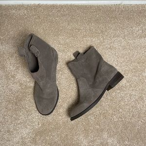 Sole Society Gray Ankle Bootie size 5